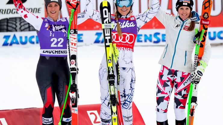 Auf dem Treppchen: Silber für Lara Gut (links), Bronze für Cornelia Hütter aus Österreich und Edelmetall für Lindsey Vonn in der Mitte.
