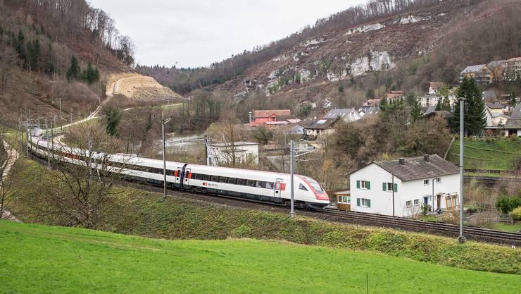 Der Doppelspur-Ausbau im Laufental verzögert sich um zwei Jahre. (Archivbild)