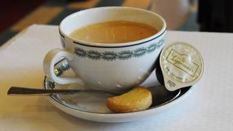 Der Kaffeepreis ist in der Schweiz wieder gestiegen. Im Kanton Zürich ist eine Tasse am teuersten.