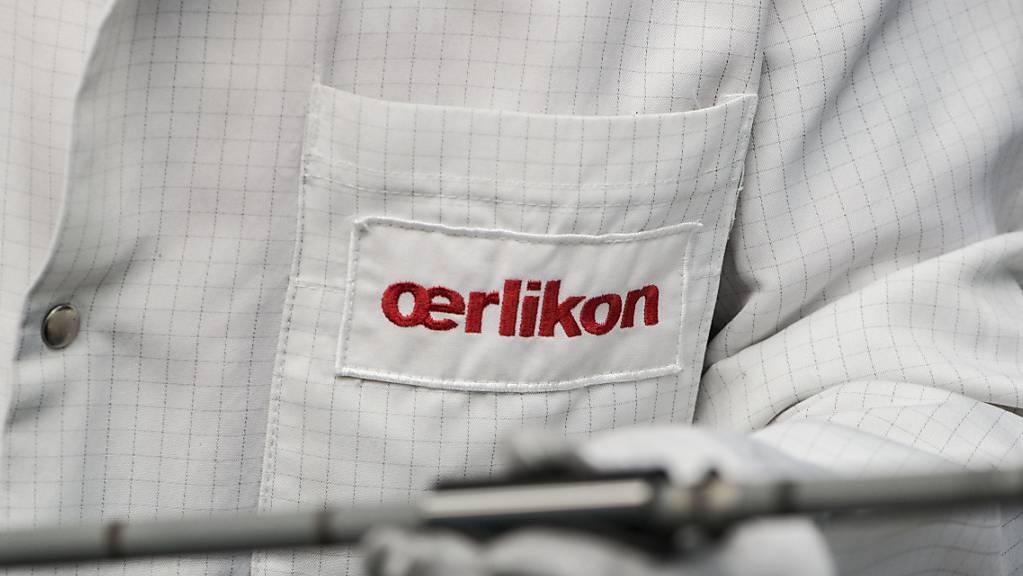 Oerlikon übernimmt INglass aus Italien: ein Mitarbeiter in Balzers (Archivbild).