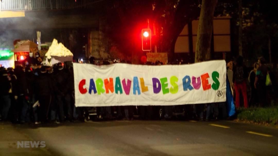 Illegale Strassenparty in Bern: Polizei greift mit Tränengas und Wasserwerfern durch