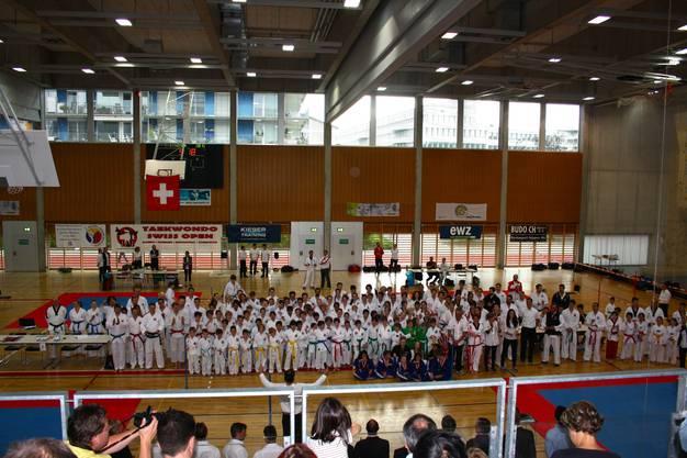 Für die Schweizer Taekwon-Do Meisterschaften versammelten sich an die 300 Teilnehmer aus dem In- und Ausland in Zürich.