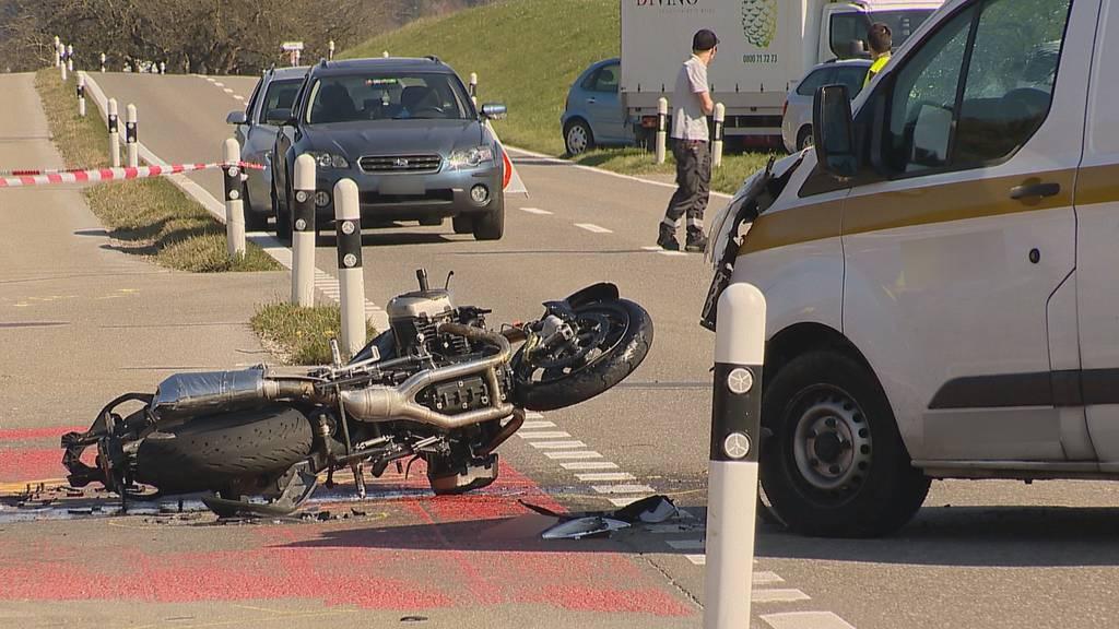 Bichelsee (TG): Motorradfahrer bei Kollision verletzt