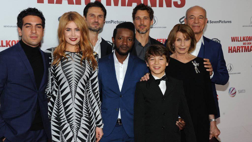 «Willkommen bei den Hartmanns»: De deutsche Flüchtlingskomödie mit Elyas M'Barek (l) oder Senta Berger (2.v.r.) ist für den Europäischen Filmpreis nominiert. (Archivbild)