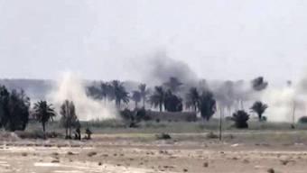 Irakische Soldaten nehmen mit Unterstützung aus der Luft die IS-Hochburg Falludscha ins Visier. (Archivbild)