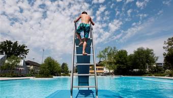 Im Winter können die Räume vor Ort für Veranstaltungen gemietet werden. Schwimmen oder Baden ist nicht erlaubt, die Schwimmbecken werden im Winter abgesperrt. (Archivbild)