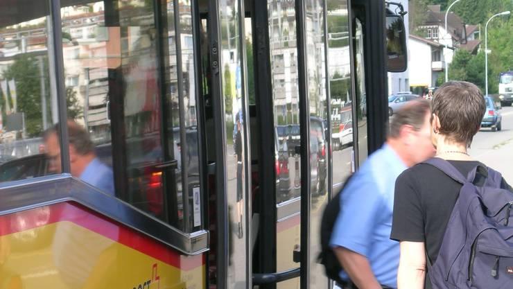 Ein neuer Ortsbus soll Würenlos mit dem Bahnhof Killwangen-Spreitenbach verbinden.