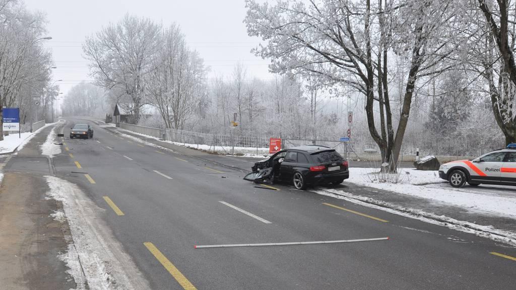 Grosser Sachschaden entstand bei der Kollision zwischen zwei Autos in Weinfelden.