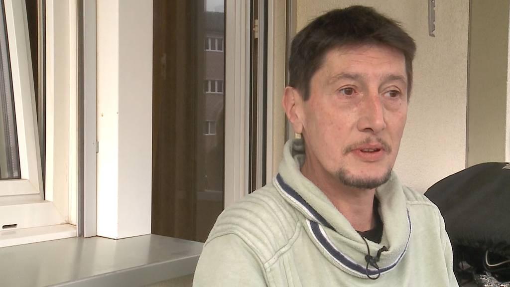 Ohne Maske wegen Erkrankung: Ralph Schaufler erntet böse Blicke