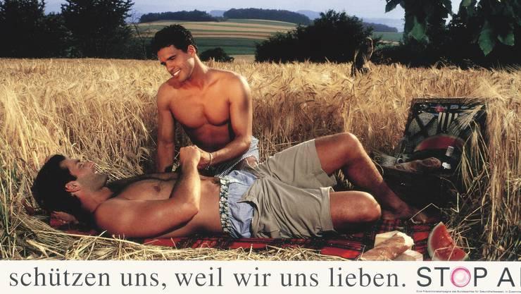 Das schwule Paar im Feld löste 1994 eine Empörungswelle aus.
