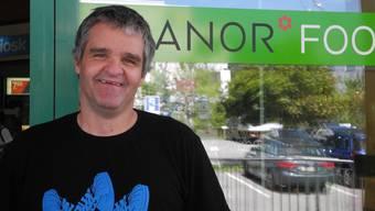 Seit drei Jahren arbeitet Kaspar Nett schon bei Manor Food.