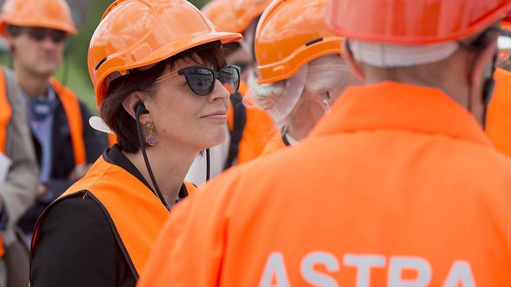 Energiewende, Tunnels und Strassen: Die abtretende Bundesrätin Doris Leuthard wird von allen Seiten für ihre Verdienste gewürdigt. (Archivbild)