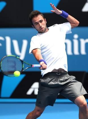 Qualifikanten Marius Copil hält gegen Stan Wawrinka in den ersten zwei Sätzen gut mit.