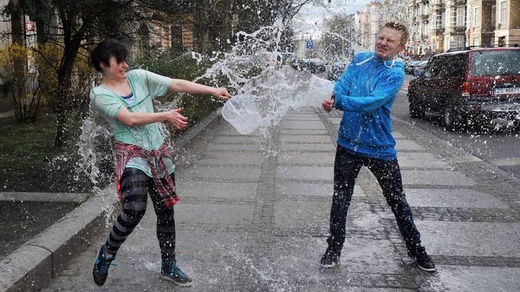 In Polen ist der Ostermontag eine feuchte Angelegenheit.