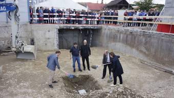 Die Grundsteinlegung für die grosse Zentrumsüberbauung lockte Mitte September viele Gäste an.