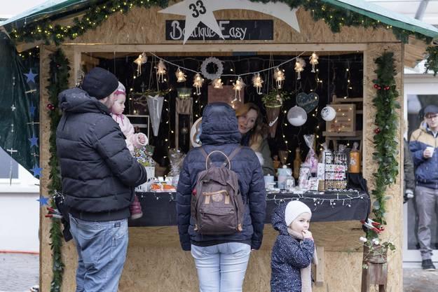 Impressionen des zweiten Weihnachtsmarkts in der Oltner Altstadt.