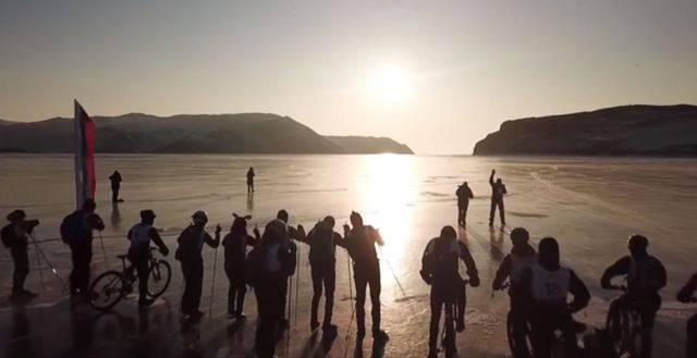 Baikalsee: Das kälteste Rennen der Welt