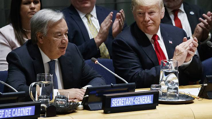 US-Präsident Donald Trump (r.) fordert in New York verstärktes Engagement im Kampf gegen Drogen. Auch Uno-Generalsekretär António Guterres (l.) sagte seine Hilfe zu.