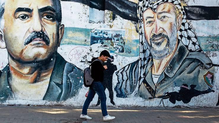 Präsent in den Köpfen und auf den Strassen: Volksfrontchef George Habash und Palästinenserführer Jassir Arafat.