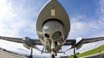 Das Modell Heron 1 des israelischen Herstellers Aerospace Industries, wie es im September 2012 auf dem Flugplatz Emmen getestet wurde.