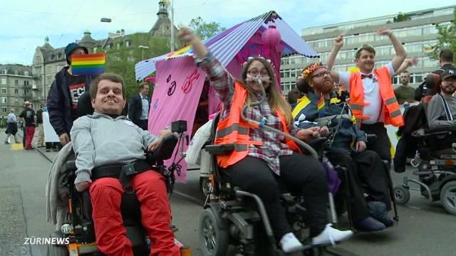 Behinderte an der Zürich Pride