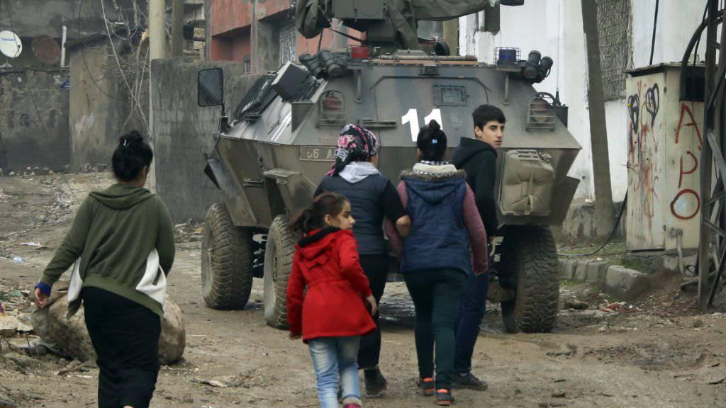 Ausgangssperre fast rund um die Uhr: Kritik am Vorgehen der Türkei in Kurdengebieten (Symbolbild)
