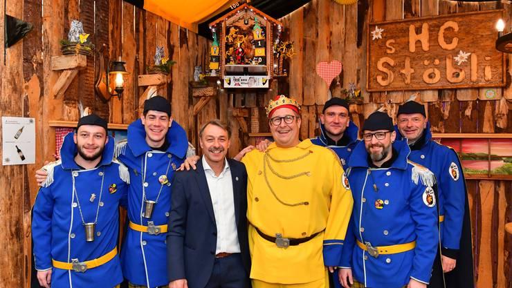 Kreateur Max Gruber (3. von links) mit Obernaar Hilarius 100.  und seinen Trabanten.