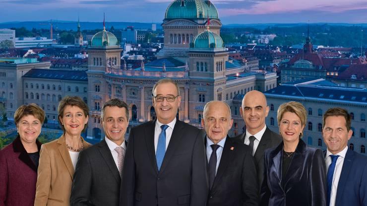 2021: Das Bundesratsfoto zeigt die sieben Bundesratsmitglieder und den Bundeskanzler als Einheit.