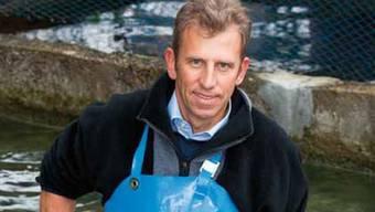 Thomas Rüppel betreibt die Fischzucht Bremgarten seit 2003. ZVG