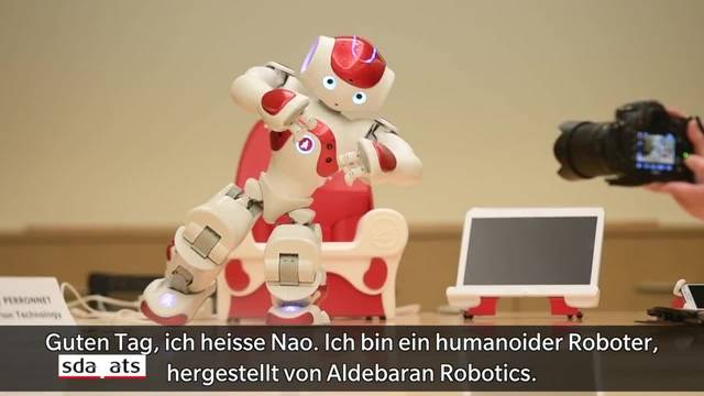 Roboter Nao begleitet autistische Kinder im Schulunterricht