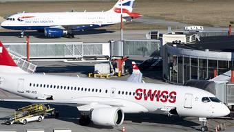 Die Flugbranche muss im laufenden Jahr mit MIlliardeneinbussen wegen des Coronavirus rechnen. (Archivbild)