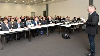 Bildungsparteitag der FDP Die Liberalen Kanton Solothurn in der FHNW in Olten. Monique Rudolf von Rohr, Christian Scheuermeyer, Karin Büttler, Remo Ankly, Andreas Walter