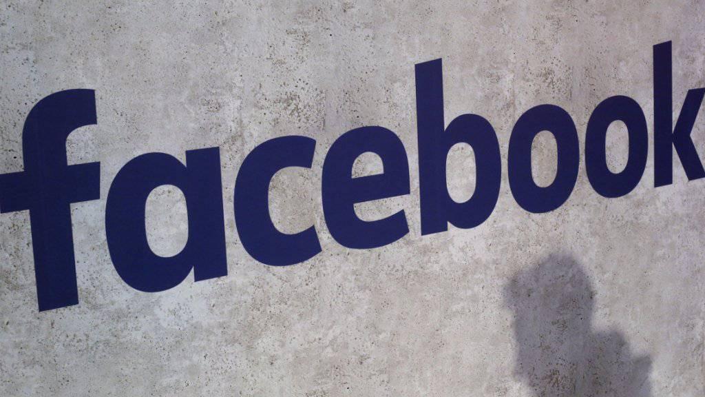 Auf Facebook werden bald News platziert