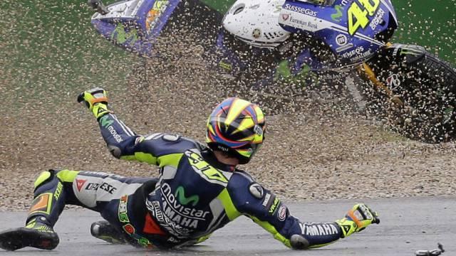 Rossi beim Sturz am Sonntag