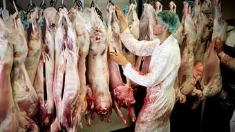 In den USA wird mehr Fleisch produziert, als benötigt wird. (Symbolbild)