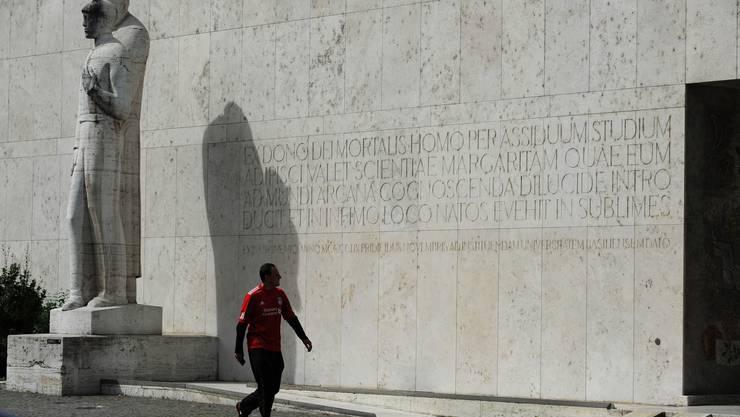 Aussenfassade der Universität Basel.