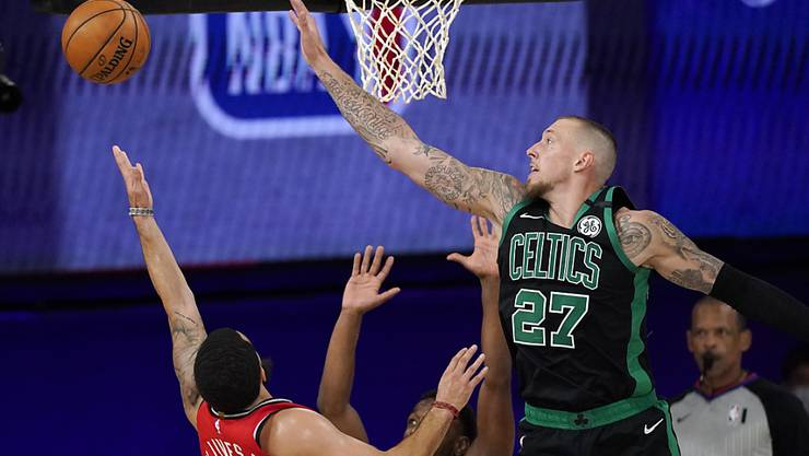 Die Boston Celtics mit dem Deutschen Daniel Theis hatten die Toronto Raptors mit Fred VanVleet im Griff