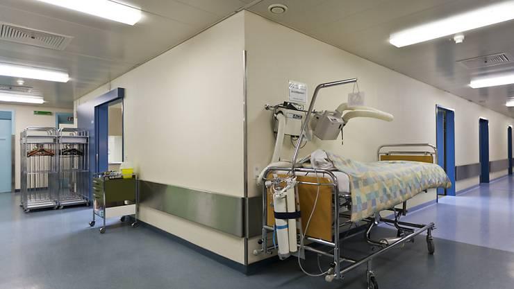 Nigelnagelneues Spital in Spanien kann nicht genutzt werden. (Symbolbild)
