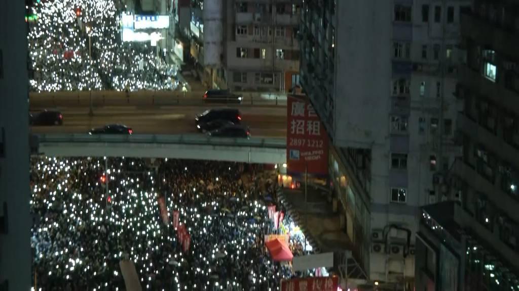 Hongkong wird zum Lichtermeer