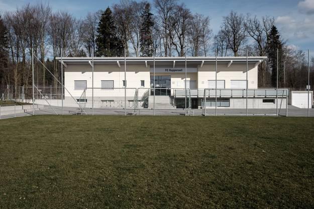 Fussballplatz Stockhard: Die Vorbereitung auf die Rückrunde der Meisterschaft hilft, den Kopf zu leeren.