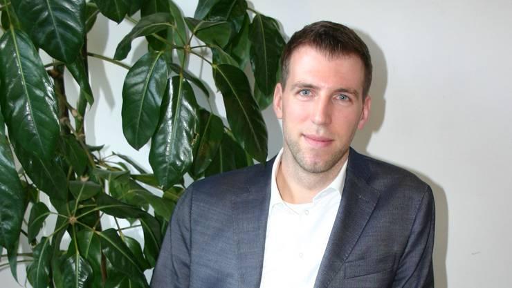 Der Schlieremer FDP-Gemeinderat Lucas Arnet tritt auf Anfang März aus dem Schlieremer Gemeinderat zurück. Er war sieben Jahre lang dabei und war im 2013 der jüngste Parlamentspräsident, den die Stadt jemals hatte.