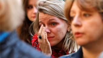Wie mit der Trauer im Land umgehen? Präsident François Hollande beschwört in Frankreich eine «nationale Einheit».