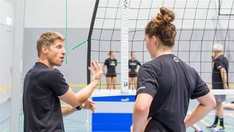 Trotz dem gerade erst geglückten Aufstieg hat Trainer Harald Gloor (l.) mit dem BTV Aarau hohe Ambitionen.