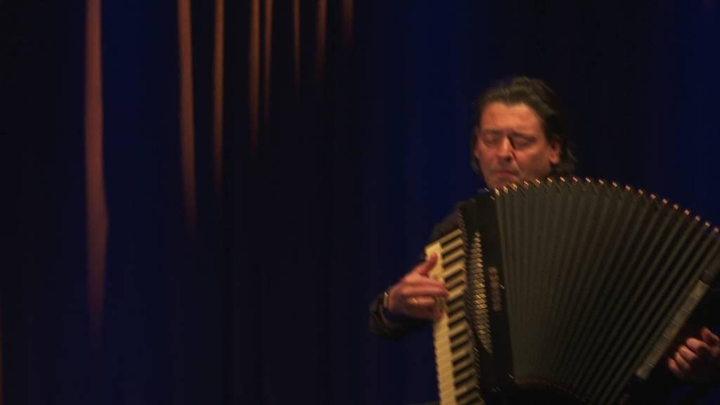 Erstes Konzert