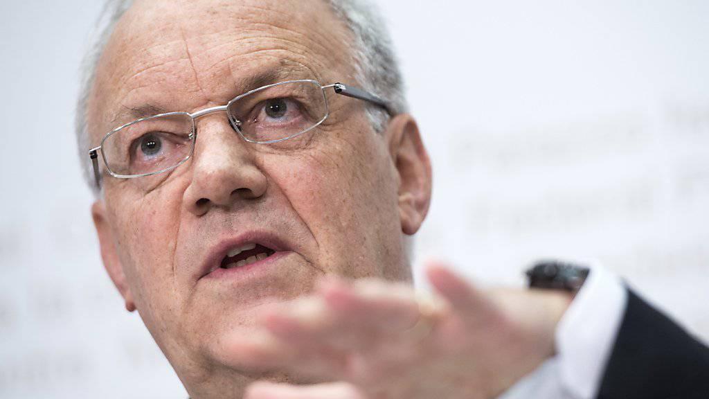 Bundespräsident Johann Schneider-Ammann wird mit Alstom im Gespräch bleiben, zeigt aber zugleich Verständnis (Archivbild).