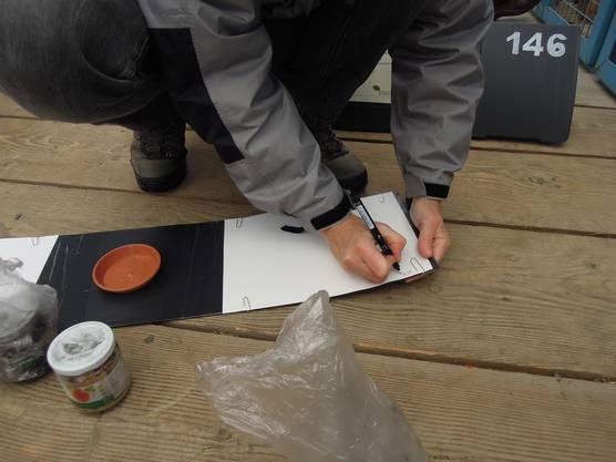 Auf den Spurenblättern notiert Kistler zuerst das Datum.