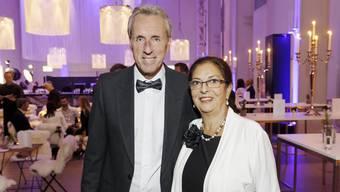 Markus Wopmann mit seiner Frau Carmen bei der Wahl des Aargauers des Jahres 2018 .