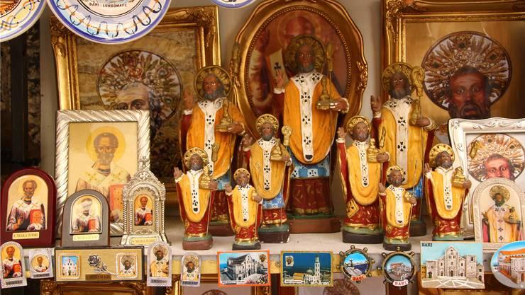 Das Geschäft mit den Pilgern: Bis heute profitiert Bari von «seinem» Heiligen. Die entführten Überreste von Nikolaus will hier niemand zurückgeben.