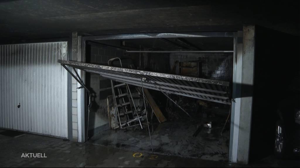 Brand in Tiefgarage: 20 Fahrzeuge in Aarburg beschädigt