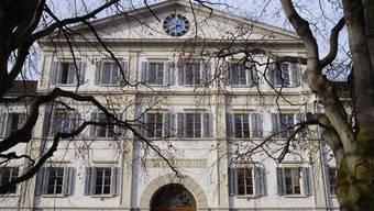 Auf ein Revisionsgesuch des Vaters hat das Zürcher Obergericht den rechtskräftigen Strafbefehl nun wieder aufgehoben. (Symbolbild)